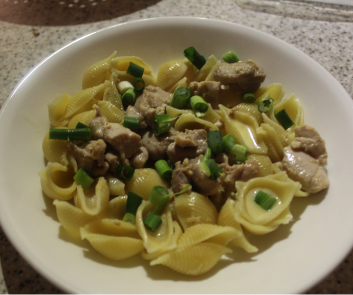 Pasta with Chicken and  whisky cream sauce