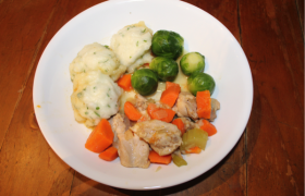 Chicken Stew with Herbed Dumpling (S)