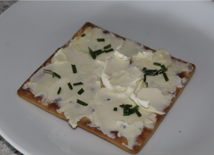 Salada Biscuit with Cream Cheese and Chives